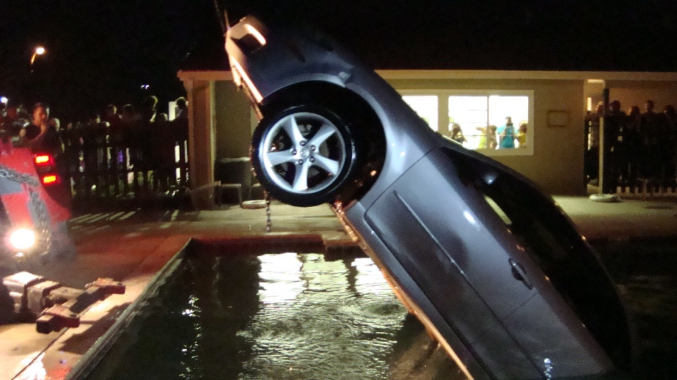 Car in pool 2